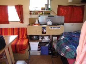 het keukenblok, zelf wel te installeren